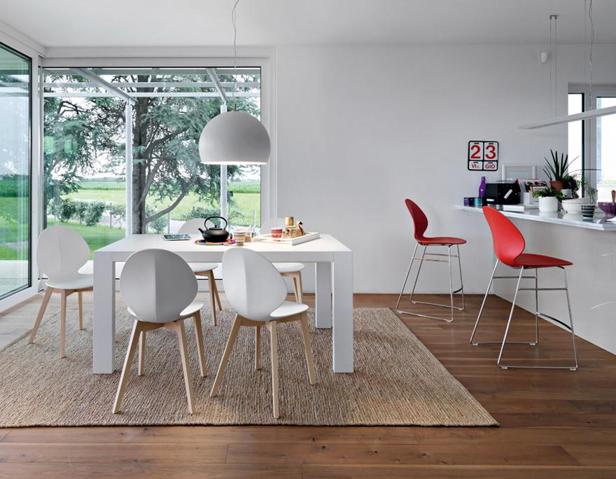 Punti vendita calligaris alba tavoli e sedie alba for Calligaris poltrone